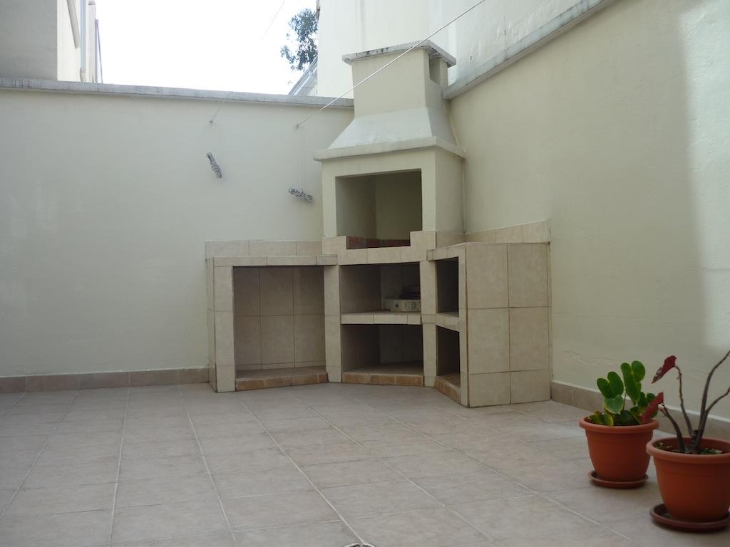 Cubiertas de policarbonato para patios hastings school madrid - Toldos para patios interiores ...